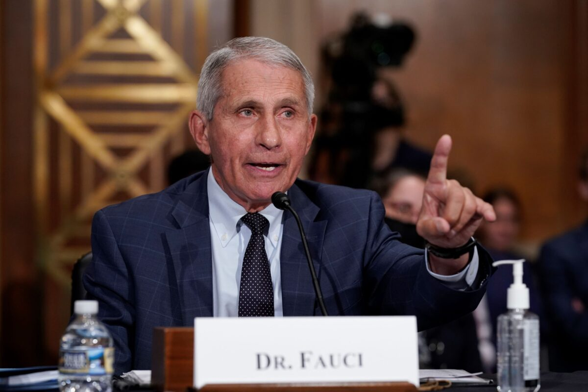 Fauci, HHS 'Hiding Something' With Redacted Emails: Sen. Johnson