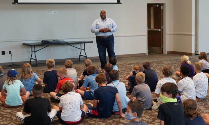 North Carolina Lt. Gov. Mark Robinson visits a K-12 classroom. (Courtesy photo from Robinson's communication team)