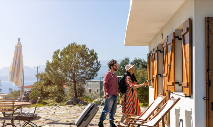 You'll want your rental to become your home away from home. (pikselstock/Shutterstock)