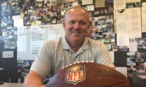 Successful Sports Agent Gives Back to Community