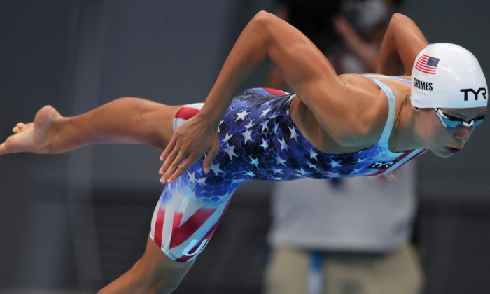 Kathleen Ledecky of the United States competes in the heat for the women's 800m freestyle at the Tokyo 2020 Olympics in Tokyo, Japan, on July 29, 2021. (Molly Darlington/Reuters)