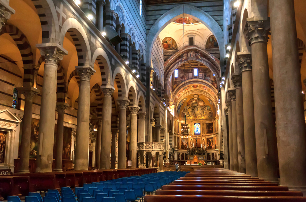 Pisa,,Italy,-,Sep,18:,Bright,Interior,Of,11th,Century