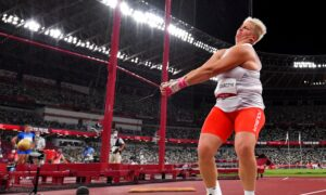 'Queen' Dreams: Poland's Wlodarczyk Wins Third Straight Hammer Gold Medal