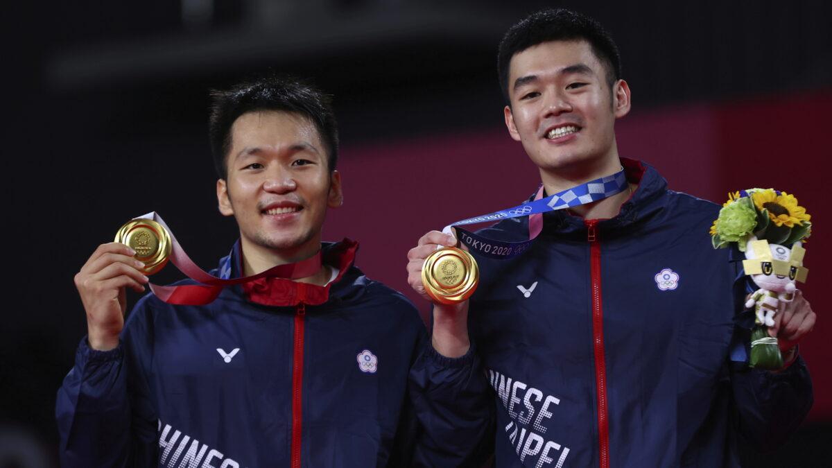FILE PHOTO: Badminton - Men's Doubles - Medal Ceremony