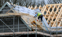 Labor and Supply Problems Dent Growth in Construction Sector in the UK