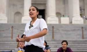 AOC Not Ruling Out 2022 Primary Challenge to Schumer