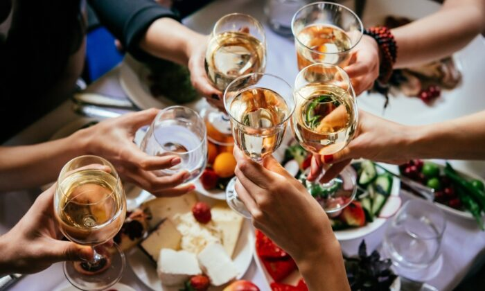 Knowing what to bring to wine parties can itself be an art form. A great deal of this relates to who's going to be there and the format of the event. (Yulia Grigoryeva)