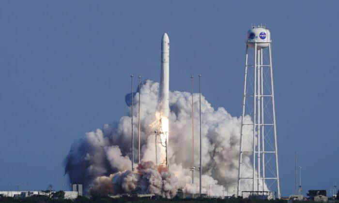 Northrop Grumman's Antares rocket lifts off the launch pad at the NASA Test Flight Facility, in Wallops Island, Va,  on Aug. 10, 2021. (Steve Helber/AP Photo)