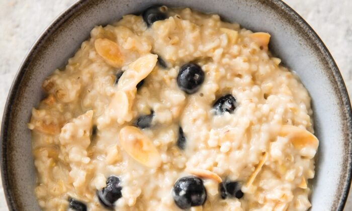 Almond butter adds creaminess to the oatmeal. (Catrine Kelty)
