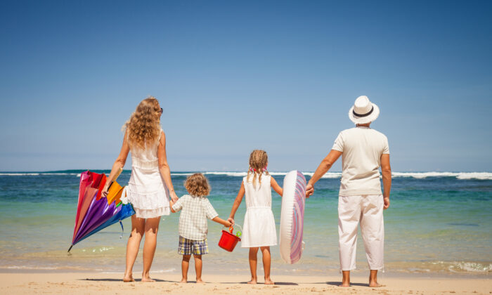 Don't leave for the beach without reading up on these handy tricks. (Altanaka/Shutterstock)