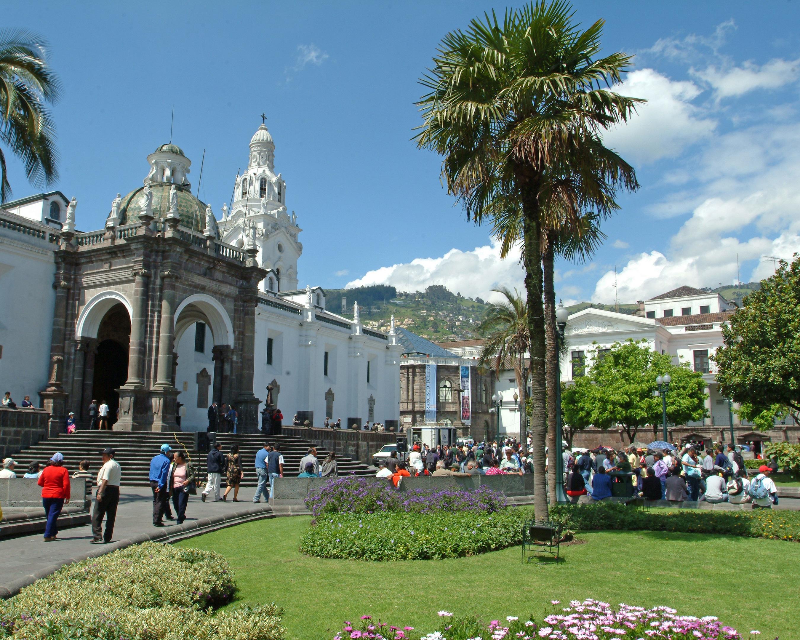 QUITO-main plaza