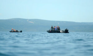 Helicopter Carrying 16 People Crashes in Russian Volcanic Lake; 8 Feared Dead