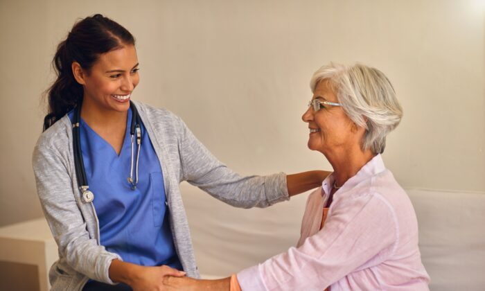 Physicians are often hemmed in by protocols and time constraints. You need one with skill and heart in order to get the care you need. (AZ Images/Shutterstock)