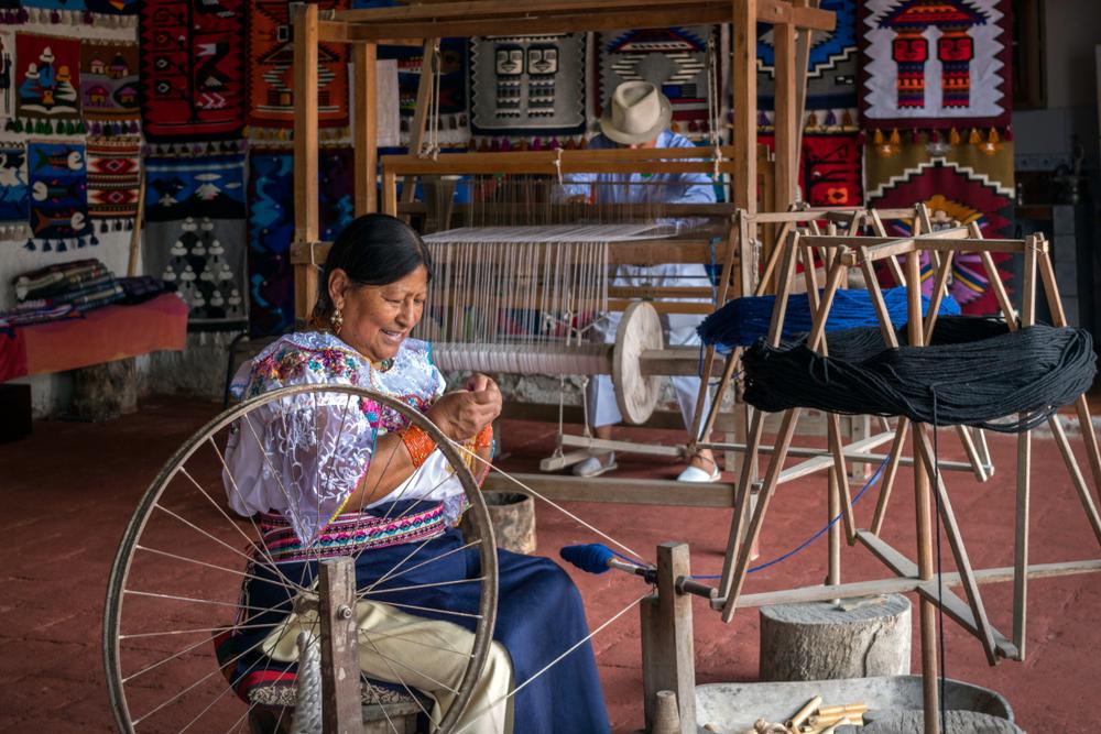 Otavalo,-,Ecuador.,May,,19th,2018.,Artisan,Female,Workshop,For