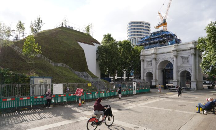 The Marble Arch Mound in central London which has opened to the public, in London, Britain, on July 27, 2021. (Dominic Lipinski/PA)