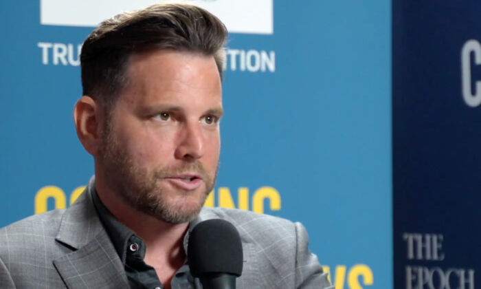 """Dave Rubin in an interview with EpochTV's """"CrossRoads"""" premiered on August 11, 2021. (Screenshot via The Epoch Times)"""