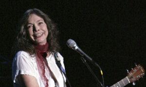 Grammy-Winning Folk Singer-Songwriter Nanci Griffith Dies