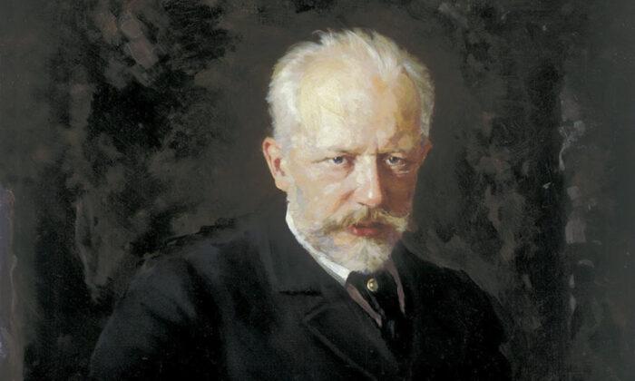 A detail from a portrait of Pyotr Ilyich Tchaikovsky, 1893, by Nikolai Dmitriyevich Kuznetsov. Tretyakov Gallery. (PD-US)