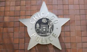 Chicago Police Accused of Pressure Tactics to Get Officers to Vaccinate