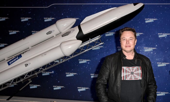 SpaceX owner and Tesla CEO Elon Musk poses on the red carpet of the Axel Springer Award 2020 in Berlin, Germany, on December 01, 2020.  (Britta Pedersen-Pool/Getty Images)