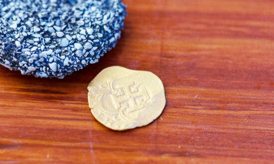 Diver Finds Gold Coin Worth $98,000 in 400-Year-Old Spanish Shipwreck off Florida Keys