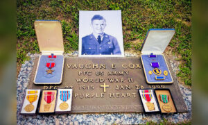 West Virginia Vet Finds Purple Heart Medal From WWII at Yard Sale, Tracks Down Owner, Returns It
