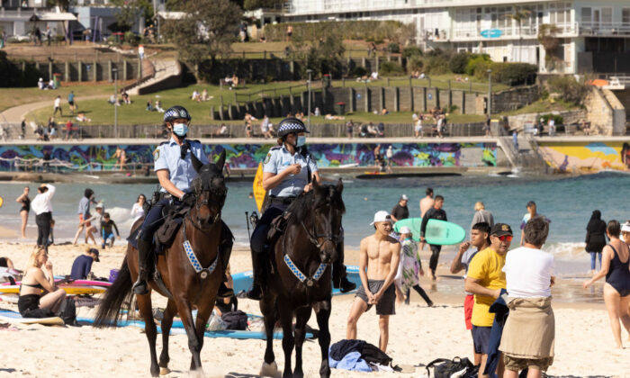 Mounted Police patrol at Bondi Beach as part of public health order compliance operations in Sydney, Australia, on Aug. 15, 2021. (Getty Images)