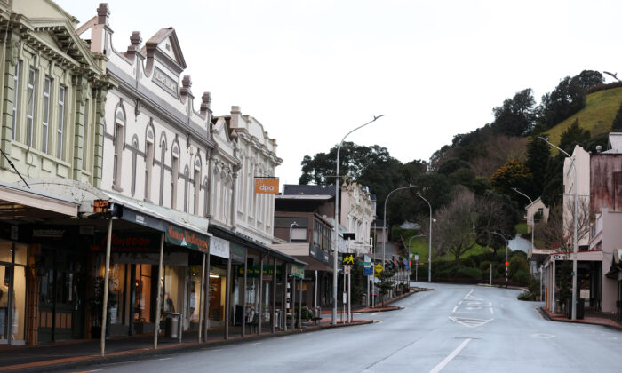 A deserted Devonport main street as Auckland wakes to level four lockdown and four more cases in Auckland, New Zealand, on Aug. 18, 2021. (Fiona Goodall/Getty Images)