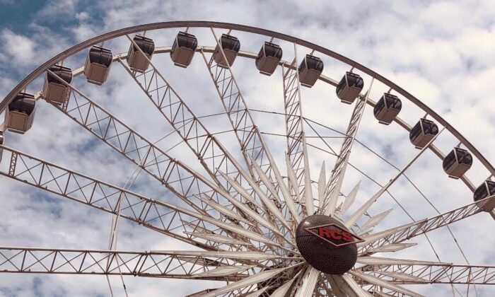 The ferris wheel is shown at the Orange County Fair in Costa Mesa, Calif., on Aug. 12, 2021. (Lynn Hackman/The Epoch Times)