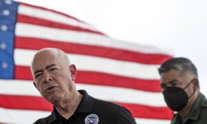Deep Dive (Sept. 20): Homeland Security Secretary Warns Illegal Immigrants: 'Not the Way to Do It'