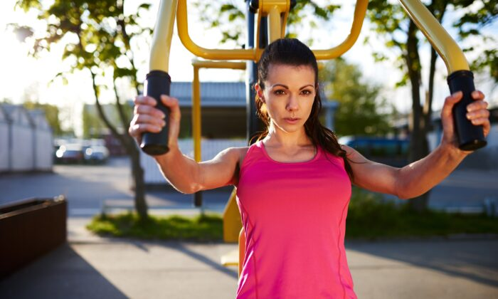 Exercises that isolate muscles place unnatural strain on the body that can lead to problems. (Flamingo Images/Shutterstock)