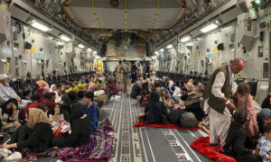 Evacuees Won't Be Charged for Flights From Kabul, State Dept Says Amid Confusion