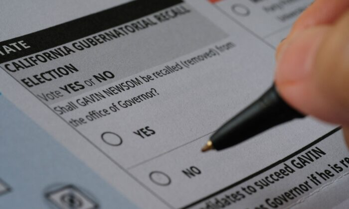 A ballot for a recall election seeking to remove California Gov. Gavin Newsom is seen in Los Angeles, Calif., on Aug. 15, 2021. (Chris Delmas/AFP via Getty Images)