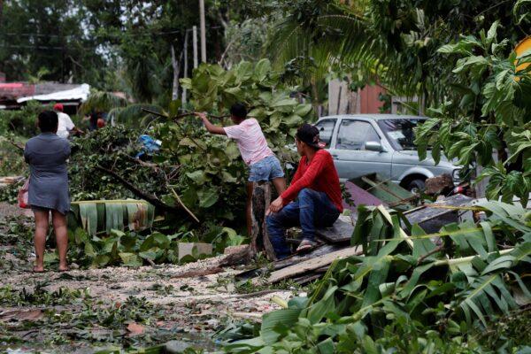 locals-remove-debris