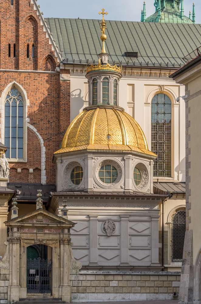 Krakow,,Poland,,Wawel,Cathedral,,Famous,Sigismund's,Chapel,Built,In,Tuscan