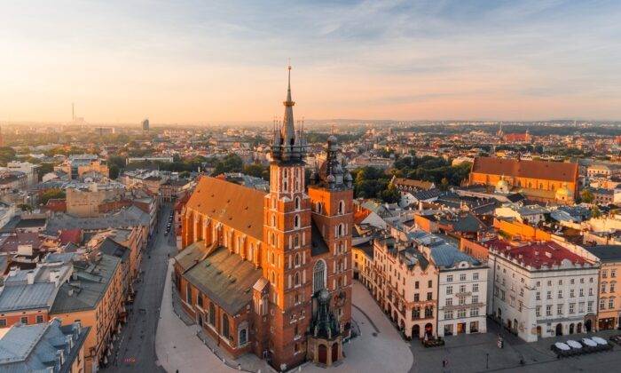 Krakow's Market Square. (den_didenko/Shutterstock)