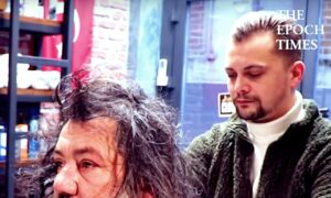 Kind Barber Gives Homeless Man an Amazing Makeover