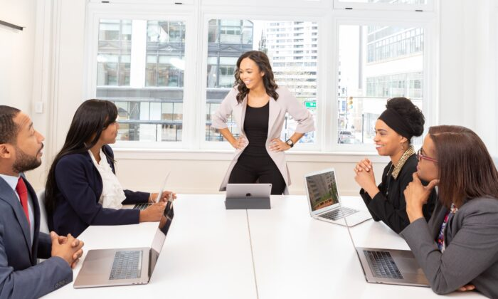 Stock photo of a business meeting. (Pexels)