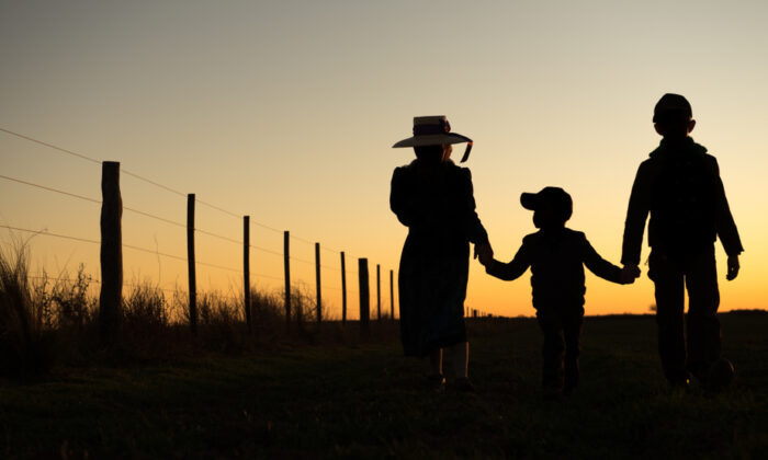In that farm community, people truly looked out for their neighbors. (Nick Photoworld/Shutterstock)