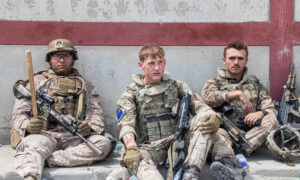 British Troops Hailed for Response to Kabul Blast 'Carnage'