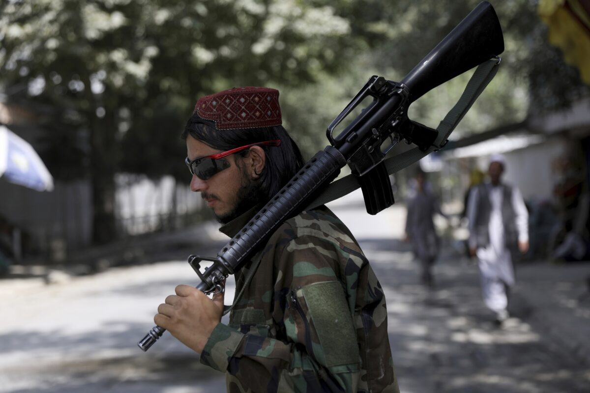 Taliban Demand Afghans Hand Over Guns, Ammo Within a Week