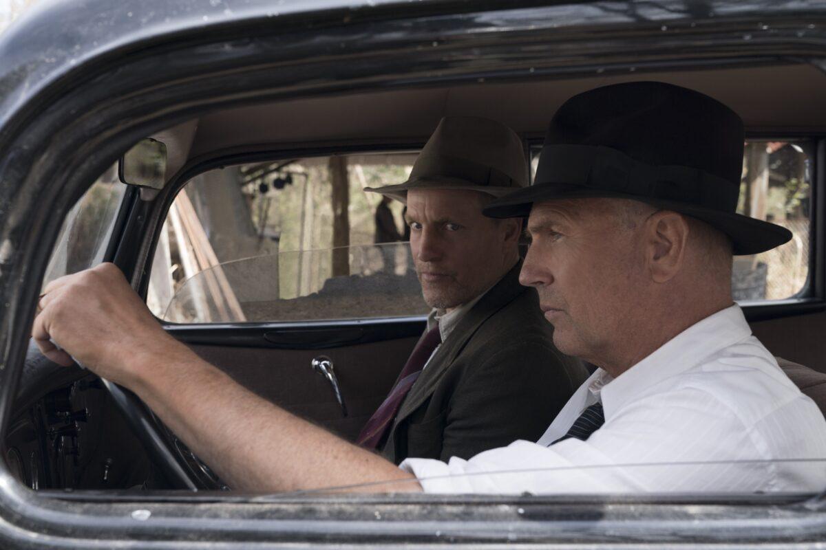 two men in a car in THE HIGHWAYMEN