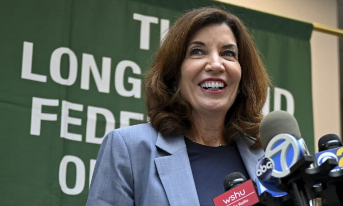 New York Lt. Gov. Kathy Hochul addresses the media after a meeting with Long Island labor leaders in Hauppauge, N.Y., on Aug. 20, 2021. (Danielle Silverman/Newsday via AP)