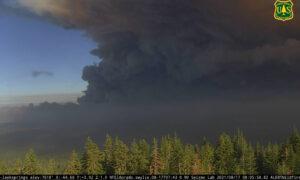 Hazardous Air Quality Breaks Records as Caldor Fire Pushes Toward Lake Tahoe