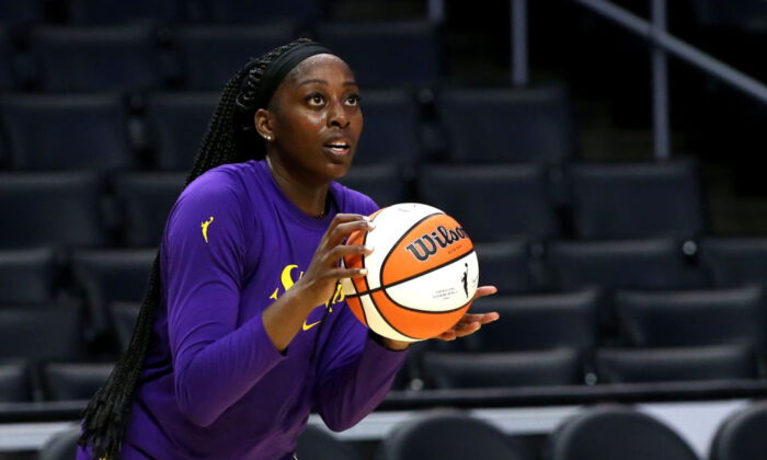 Chiney Ogwumike #13 of the Los Angeles Sparks warms up ahead of a game at Staples Center in Los Angeles on Aug. 17, 2021. (Katharine Lotze/Getty Images)