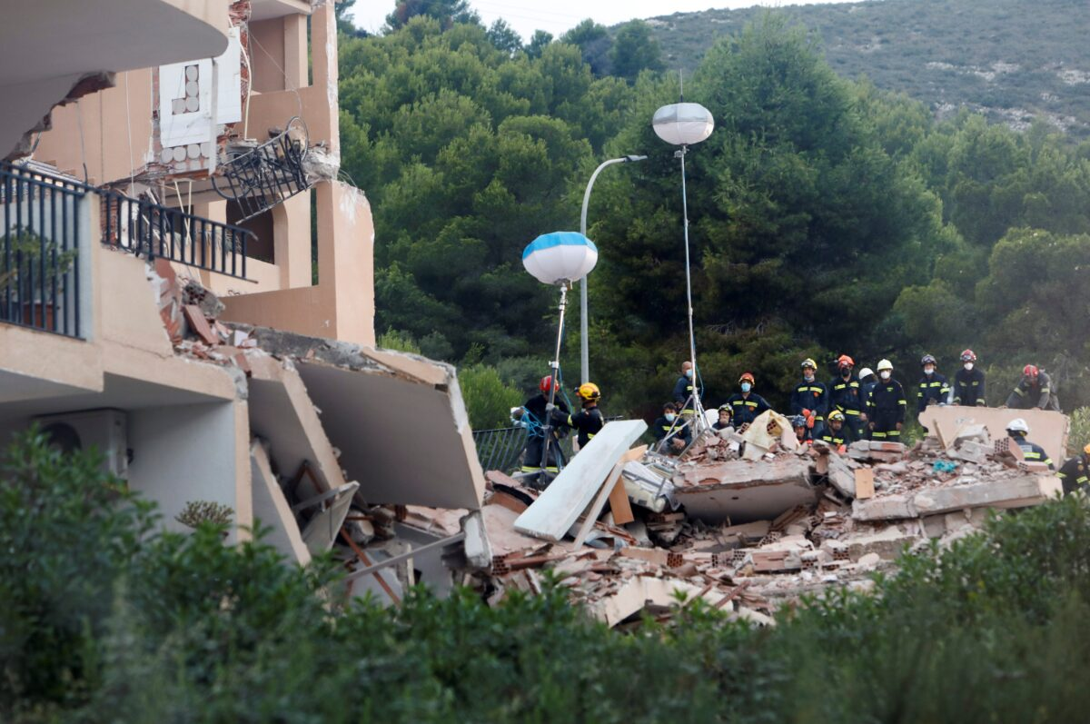 Collapsed building in the town of Peniscola