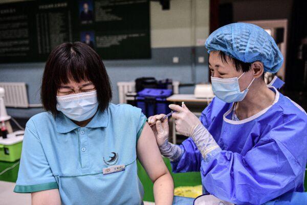 Chinese vaccine, student