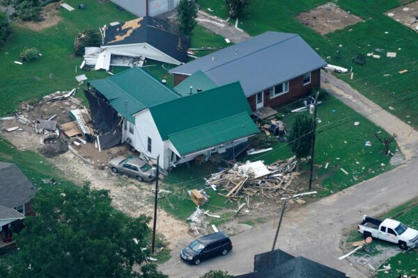 flood-damages-tenn