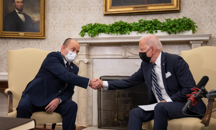 President Joe Biden meets with Israeli Prime Minister Naftali Bennett in the Oval Office at the White House on Aug. 27, 2021. (Sarahbeth Maney-Pool/Getty Images)