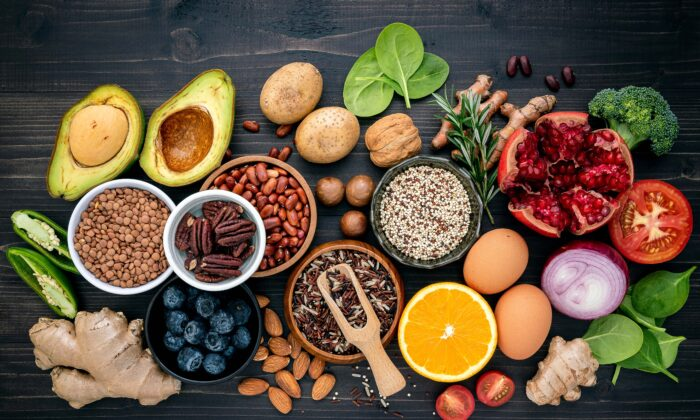 Clean eating is great for people who want to focus on the nutrition of their foods instead of the quantity of their calories. (Kerdkanno/Shutterstock)